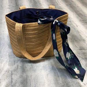 Draper James summer bag in excellent condition